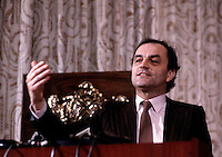 Charles Dutoit<br /> in a news conference<br /> in 1986<br />  (exact date unknown)