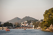 Udaipur, Rajasthan,  India. View over the water to the Daiji bridge, Lake Pichola.