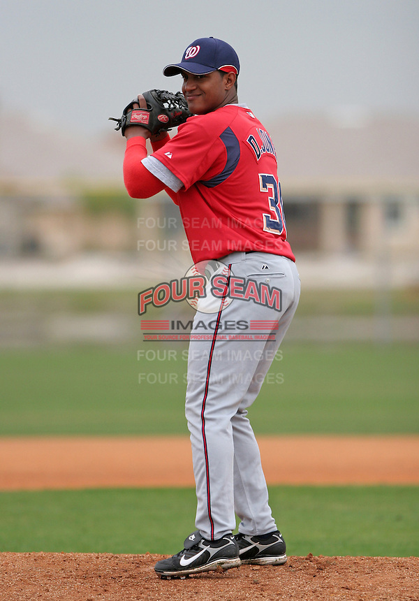 Washington Nationals minor leaguer Desmond Jones during Spring Training at the Carl Barger Training Complex on March 20, 2007 in Melbourne, Florida.  (Mike Janes/Four Seam Images)