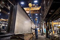 05-05-21 TC American Crane Minnesota Manufacturing photographer