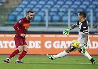 Football, Serie A: AS Roma - Parma, Olympic stadium, Rome, November 22, 2020. <br /> Roma's Borja Mayoral (l) scores in spite of Parma's goalkeeper Luigi Sepe (r) during the Italian Serie A football match between Roma and Parma at Rome's Olympic stadium, on November 22, 2020. <br /> UPDATE IMAGES PRESS/Isabella Bonotto
