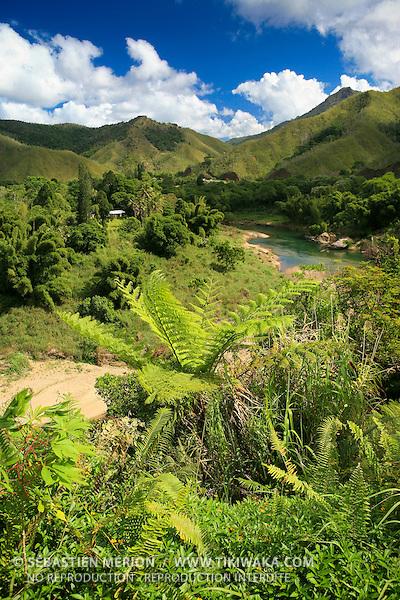Rivière Tiwaka à Pombéï, Chaîne centrale, route Koné-Tiwaka, province Nord