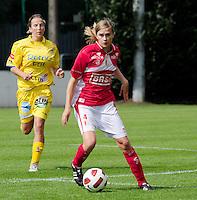 Supercup seizoen 2011 - 2012 ; Kampioen Standard Femina tegen Bekerwinnaar Waasland Beveren Sinaai Girls : Julie Biesmans.foto DAVID CATRY / Vrouwenteam.be