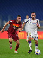 Football, Serie A: AS Roma - Fiorentina, Olympic stadium, Rome, November 1, 2020. <br /> Fiorentina's Franck Ribery (r) in action with Roma's Jordan Veretout (l) during the Italian Serie A football match between Roma and Fiorentina at Olympic stadium in Rome, on November 1, 2020. <br /> UPDATE IMAGES PRESS/Isabella Bonotto