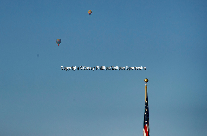 DEL MAR, CA  SEPTEMBER 5: Hot air Balloons are visible above the track on September 5, 2021 at Del Mar Thoroughbred Club in Del Mar, CA.  (Photo by Casey Phillips/Eclipse Sportswire/CSM)