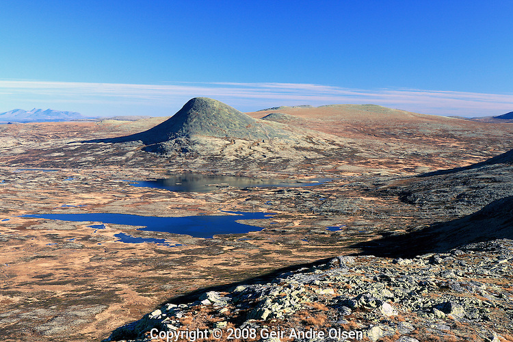 Mt. Muen, the highest peak at Venabygdsfjellet in the Norwegian mountains at fall