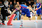 Mannheim, Germany, January 18: During the 1. Bundesliga Herren Hallensaison 2014/15 Sued hockey match between Mannheimer HC (blue) and TSV Mannheim (red) on January 18, 2015 at Irma-Roechling-Halle in Mannheim, Germany. Final score 4-6 (4-4). (Photo by Dirk Markgraf / www.265-images.com) *** Local caption *** Fabian Pehlke #23 of Mannheimer HC