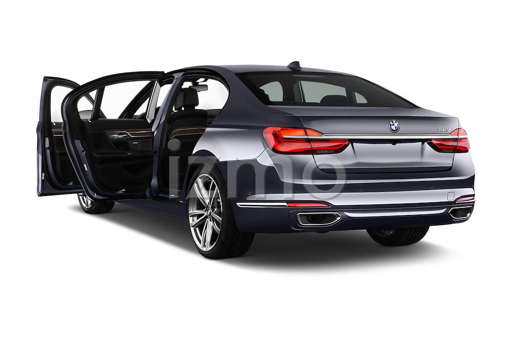 Car images of 2017 BMW 7 Series 740i 4 Door Sedan Doors