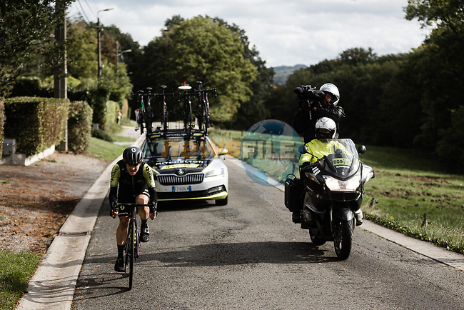 Grace Brown (AUS) Mitchelton-Scott Women attacks on the Côte de la Roche-aux-Faucons during Liege-Bastogne-Liege Femmes 2020, running 135km from Liege to Liege, Belgium. 4th October 2020.<br /> Picture: ASO/Thomas Maheux | Cyclefile<br /> All photos usage must carry mandatory copyright credit (© Cyclefile | ASO/Thomas Maheux)