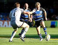 Photo: Richard Lane/Richard Lane Photography. Bath Rugby v Leicester Tigers. Aviva Premiership. 01/10/2011. Bath's Nick Abendanon kicks ahead.