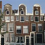 Netherlands, North Holland, Amsterdam: House Fronts | Niederlande, Nordholland, Amsterdam: Haeuserfront