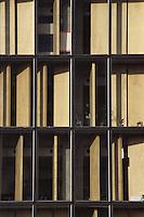 Parigi Biblioteca Nazionale di Francia François Mitterrand  (architetto Dominique Perrault 1995)<br /> Paris, Bibliothèque Nationale de France<br /> French National Library<br /> sistemi di protezione dal sole