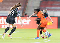 HOUSTON, TX - SEPTEMBER 10: Nichelle Prince #8 of the Houston Dash and Arin Wright #3 of the Chicago Red Stars battle for control of the ball during a game between Chicago Red Stars and Houston Dash at BBVA Stadium on September 10, 2021 in Houston, Texas.