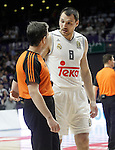 Real Madrid's Jonas Maciulis have words with the referee during Euroleague Quarter-Finals 3rd match. April 19,2016. (ALTERPHOTOS/Acero)