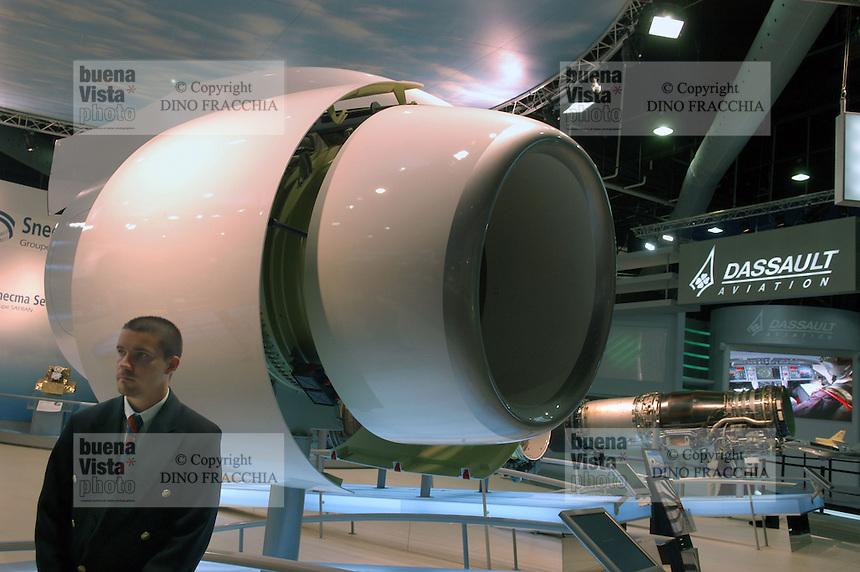 - stand of aeronautical engines turbojet Snecma  (France) ....- stand motori aeronautici turboreattori Snecma (Francia)