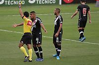 Campinas (SP), 06/06/2021 - Futebol - Ponte Preta - Vasco - Leo Matos do Vasco recebe cartao. Partida entre Ponte Preta e Vasco pela segunda rodada do Campeonato Brasileiro da série B, neste domingo (6), no Estádio Moisés Lucarelli, em Campinas (SP).