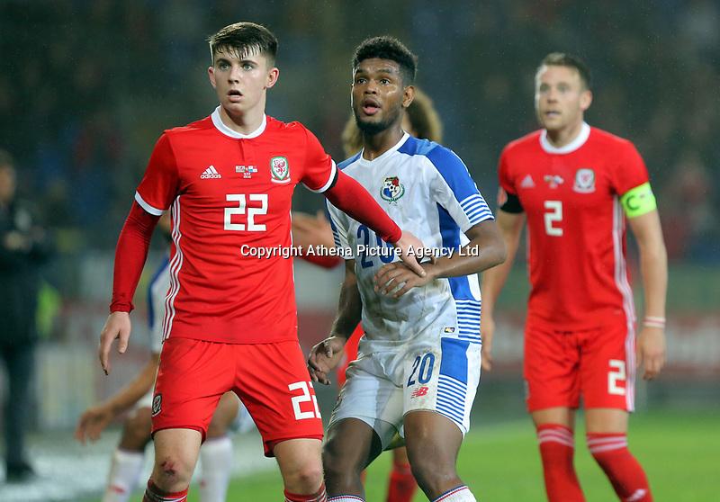 (L-R) Ben Woodburn of Wales and Ricardo Avila of Panama during the international friendly soccer match between Wales and Panama at Cardiff City Stadium, Cardiff, Wales, UK. Tuesday 14 November 2017.