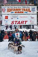 Bill Cotter team leaves the start line during the restart day of Iditarod 2009 in Willow, Alaska