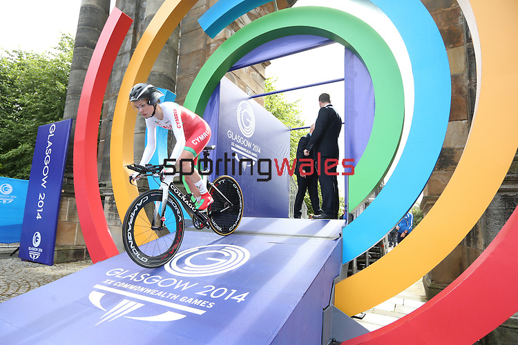 Glasgow 2014 Commonwealth Games<br /> <br /> Amy Roberts (Wales) competing in the Women's time trial race.<br /> <br /> 31.07.14<br /> ©Steve Pope-SPORTINGWALES