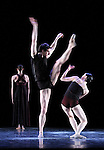 WHITE DARKNESS....Choregraphie : DUATO Nacho..Compositeur : JENKINS Karl..Compagnie : Ballet de l Opera National de Paris..Decor : CHALABI Jaffar..Lumiere : CABOORT Joop..Costumes : FRIAS Lourdes..Avec :..GILLOT Marie Agnes..RENAVAND Alice..CHAILLET Vincent..Lieu : Opera Garnier..Ville : Paris..Le : 28 04 2009..© Laurent PAILLIER / photosdedanse.com