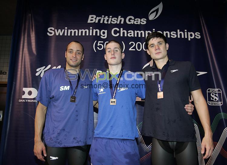 PICTURE BY VAUGHN RIDLEY/SWPIX.COM - Swimming - British Championships 2009 - Ponds Forge, Sheffield, England - 19/03/09...Copyright - Simon Wilkinson - 07811267706...Men's 200m Backstroke Final, (L-R) Silver - James Goddard, Gold - Chris Walker-Hebborn, Bronze - Marco Loughran.