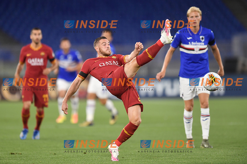 Jordan Veretout <br /> during the Serie A football match between AS Roma and UC Sampdoria at Olimpico stadium in Rome ( Italy ), June 24th, 2020. Play resumes behind closed doors following the outbreak of the coronavirus disease. <br /> Photo Andrea Staccioli / Insidefoto