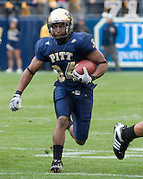 October 25, 2008: Pitt running back LaRod Stephens-Howling. The Rutgers Scarlet Knights defeated the Pitt Panthers 54-34 on October 25, 2008 at Heinz Field, Pittsburgh, Pennsylvania.