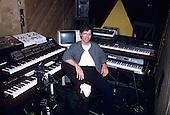 CHICK COREA, RECORDING STUDIO, 1985, NEIL ZLOZOWER