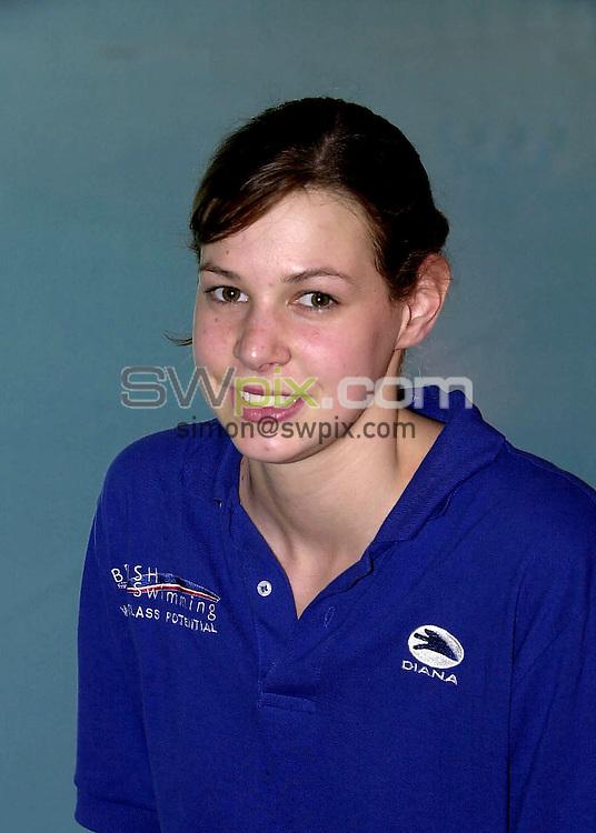 Pix: Matthew Lewis/SWpix.com. Swimming. National Youth Swimming Training Camp, Millfield School. Somerset. 23/10/2001...COPYWRIGHT PICTURE>>SIMON WILKINSON>>01943 436649>>..Charlotte Faulkner.