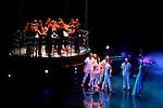 Dreams show, October 18, 2008. (ALTERPHOTOS/Alvaro Hernandez)