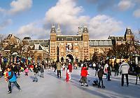 IJsbaan op het Museumplein in Amsterdam