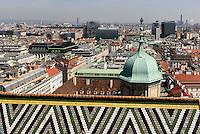 Dachdetail und Blick über Wien von Stephnsdom, Wien, Österreich, UNESCO-Weltkulturerbe<br /> Roofdetail and view from Stephansdom, Vienna, Austria, world heritage