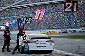 Monster Energy NASCAR Cup Series<br /> Daytona 500<br /> Daytona International Speedway, Daytona Beach, FL USA<br /> Sunday 18 February 2018<br /> Gray Gaulding, BK Racing, Toyota Camry pit stop<br /> World Copyright: Matthew T. Thacker<br /> LAT Images