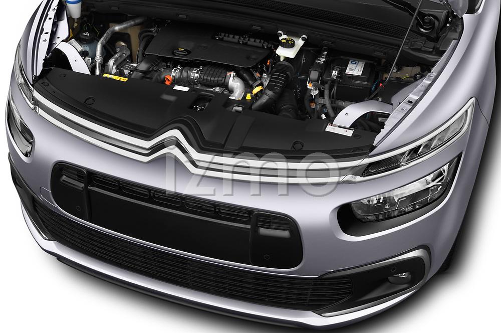 Car Stock 2017 Citroen C4-Picasso Shine 5 Door Mini Mpv Engine  high angle detail view