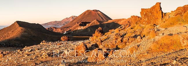 Sunrise over Mount Ngaruhoe, Tongariro Nationasl Park, Central Plateau, North Island, UNESCO World Heritage Area, New Zealand, NZ