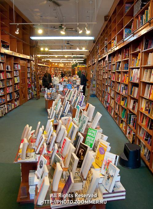 Books in Manhattan bookstore Shakespear & Co