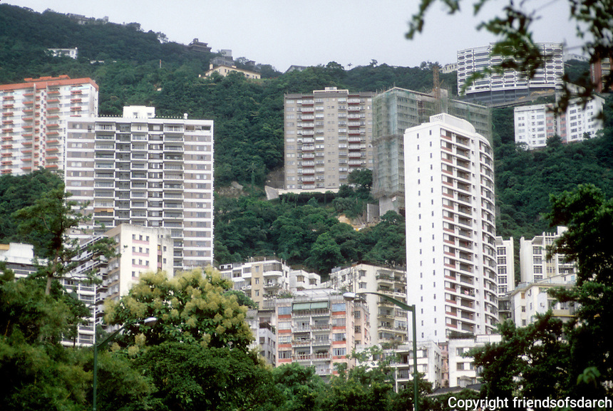 Hong Kong: High rises climbing hills. Photo '81.