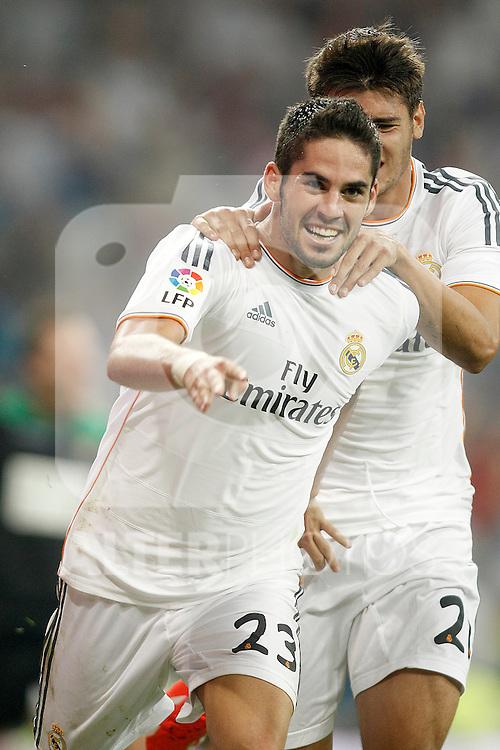Real Madrid's Isco (l) and Alvaro Morata celebrate goal during La Liga match.August 18,2013. (ALTERPHOTOS/Acero)