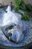 "Europe/France/Corse/2B/Haute-Corse/Cap Corse/Env. de Canari: Dorade en croute de sel - Recette du restaurant ""U Scogliu"" à la Marine de Cannelle"