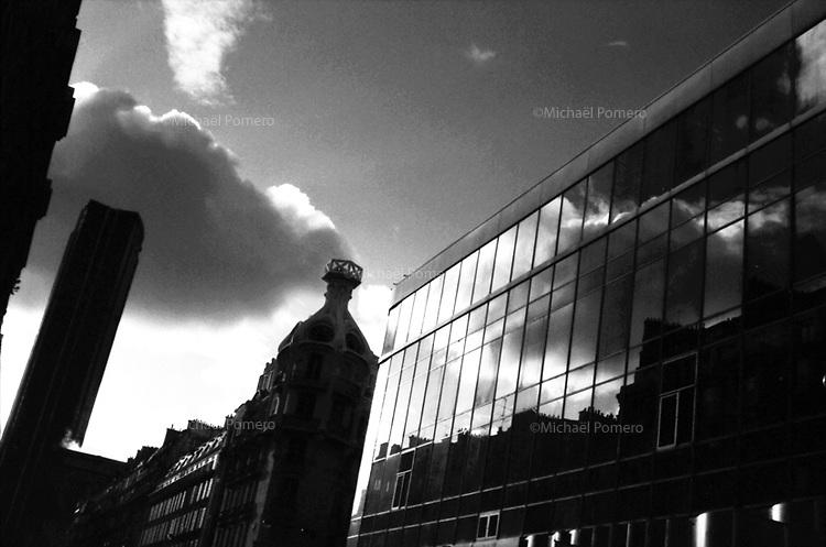 11.1999 <br /> <br /> Rue de Rennes.<br /> <br /> Street of Rennes.
