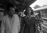 """SOFIA LOREN E RICHARD BURTON SUL  SET DI  """"BREVE INCONTRO"""" WINCHESTER 1974"""