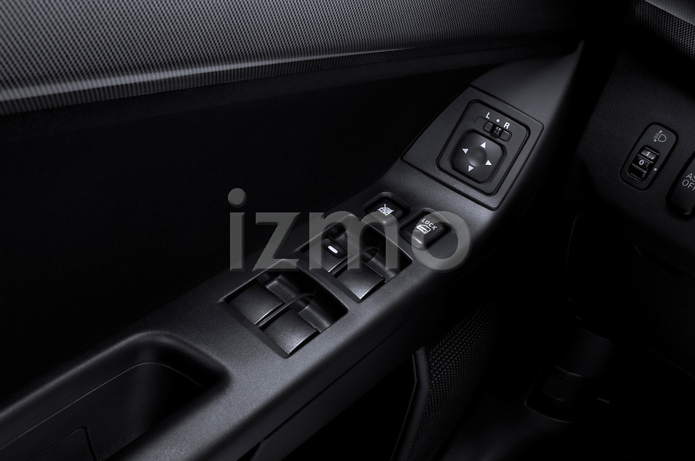 Door controls of a 2010 Mitsubishi Lancer Sportback