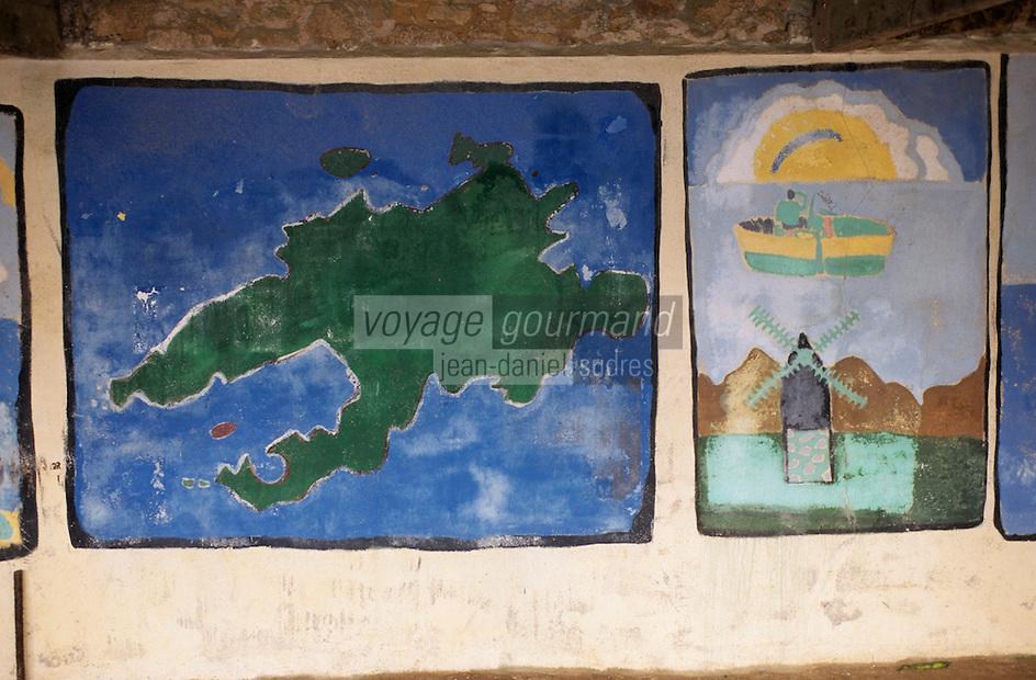 Europe/France/Bretagne/29/Finistère/Ile d'Ouessant/Lampaul: Mur peint par les enfants sous le préau de l'école