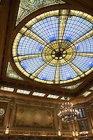 Europe/France/Nord-Pas-de-Calais/59/Nord/Lille: La grand Place - Chambre de Commerce et d'Industrie de Style Néo-Flamand- Architecte Louis Cordonnier-  La verrière monumentale