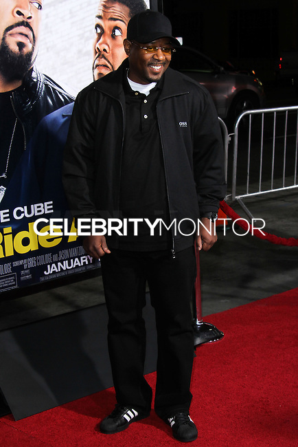 """HOLLYWOOD, CA - JANUARY 13: Martin Lawerence at the Los Angeles Premiere Of Universal Pictures' """"Ride Along"""" held at the TCL Chinese Theatre on January 13, 2014 in Hollywood, California. (Photo by David Acosta/Celebrity Monitor)"""
