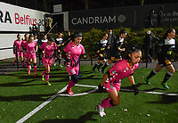 Both teams pictured running on to the pitch ahead of a female soccer game between Sporting Charleroi and Eendracht Aalst on the 8th  matchday of the 2020 - 2021 season of Belgian Scooore Womens Super League , friday 20 th of November 2020  in Marcinelle , Belgium . PHOTO SPORTPIX.BE | SPP | DAVID CATRY