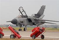 - Italian Air Force, Tornado strike aircraft....- Aeronautica Militare Italia, aereo da attacco Tornado..