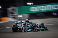 27th March 2021; Sakhir, Bahrain; F1 Grand Prix of Bahrain, Qualifying sessions;  77 BOTTAS Valtteri (fin), Mercedes AMG F1 GP W12 E Performance during Formula 1 Gulf Air Bahrain Grand Prix 2021 qualifying takes 3rd on pole
