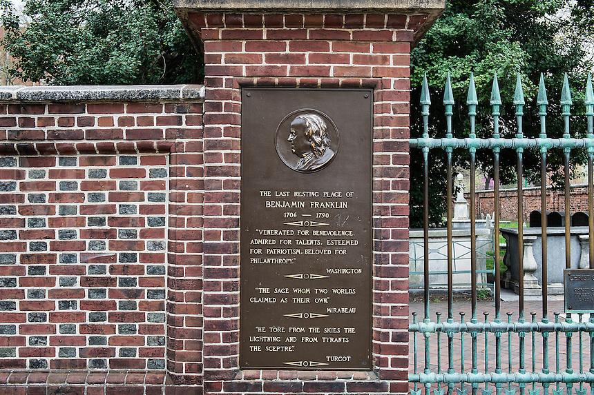 Burial site of Benjamin Franklin at Christ Church cemetery, Philadelphia, Pennsylvania, USA