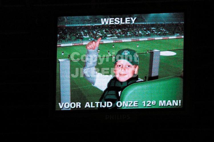 groningen - sparta  eredivisie seizoen 2007-2008 29-09- 2007 minuut stilte voor wesley *** Local Caption ***